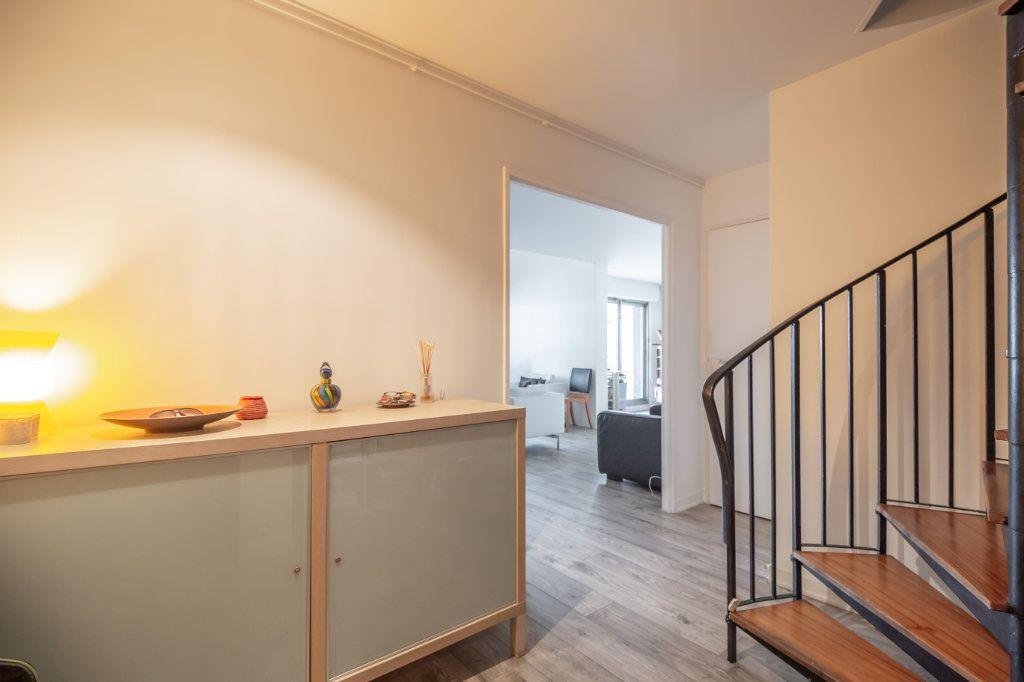 Appartement à vendre 5 108m2 à Paris 19 vignette-8