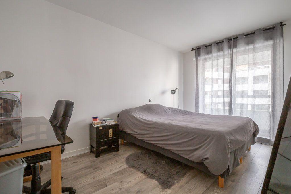 Appartement à vendre 5 108m2 à Paris 19 vignette-10