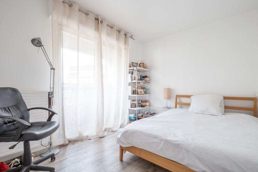 Appartement à vendre 5 108m2 à Paris 19 vignette-11