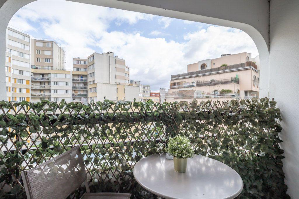 Appartement à vendre 5 108m2 à Paris 19 vignette-13