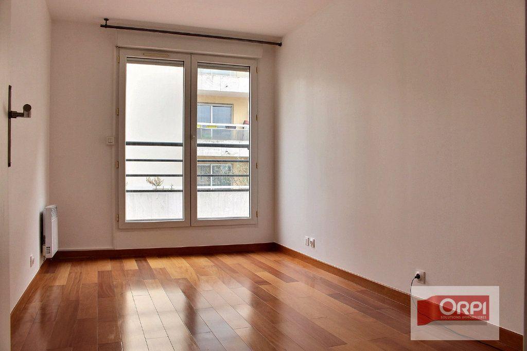 Appartement à vendre 5 101.31m2 à Paris 19 vignette-6