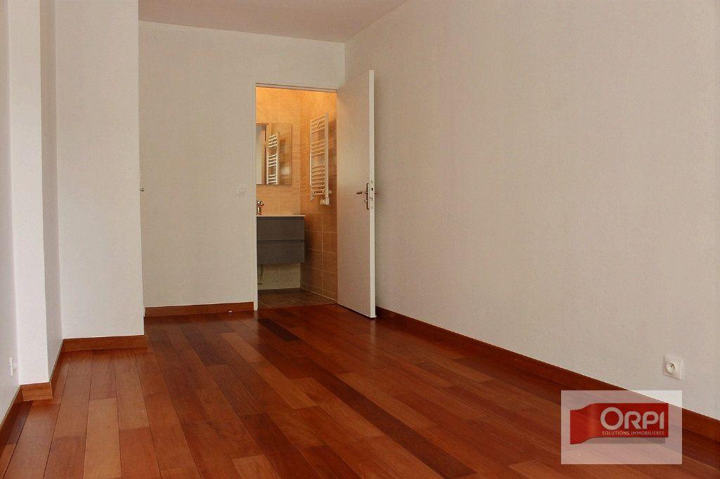 Appartement à vendre 5 101.31m2 à Paris 19 vignette-7