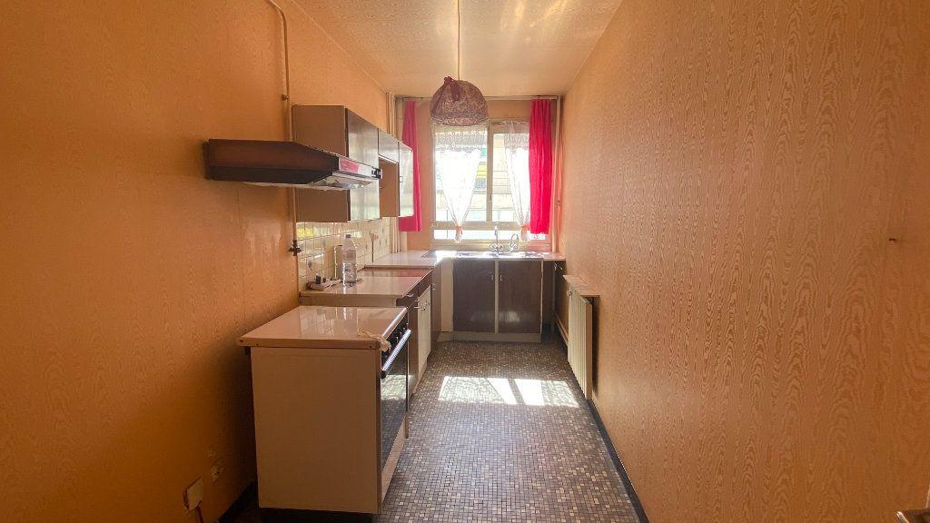 Appartement à vendre 3 69m2 à Paris 19 vignette-3