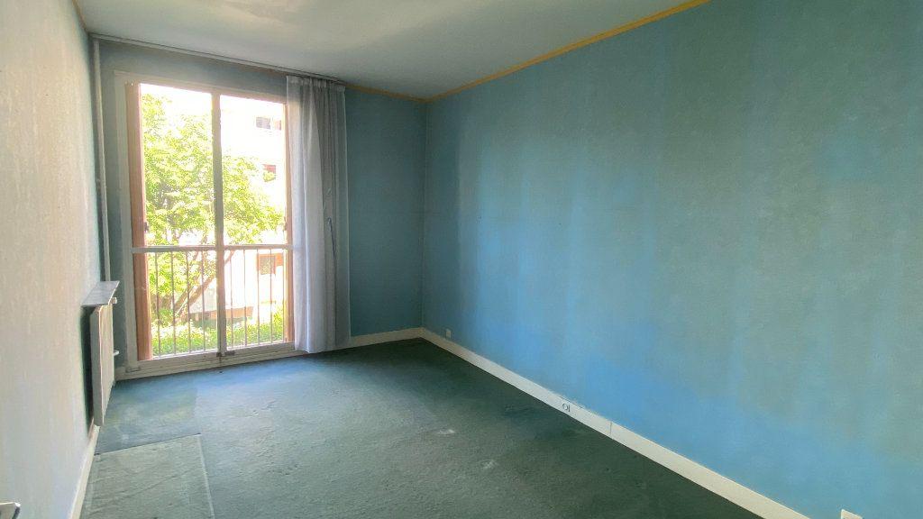 Appartement à vendre 3 69m2 à Paris 19 vignette-4