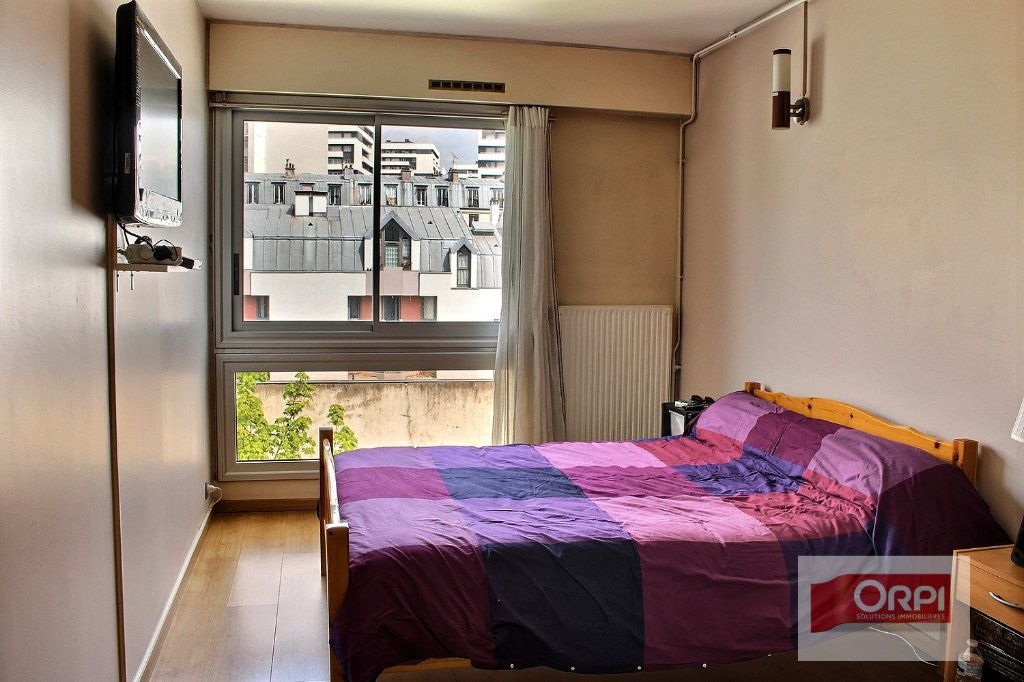 Appartement à vendre 4 87m2 à Paris 19 vignette-6