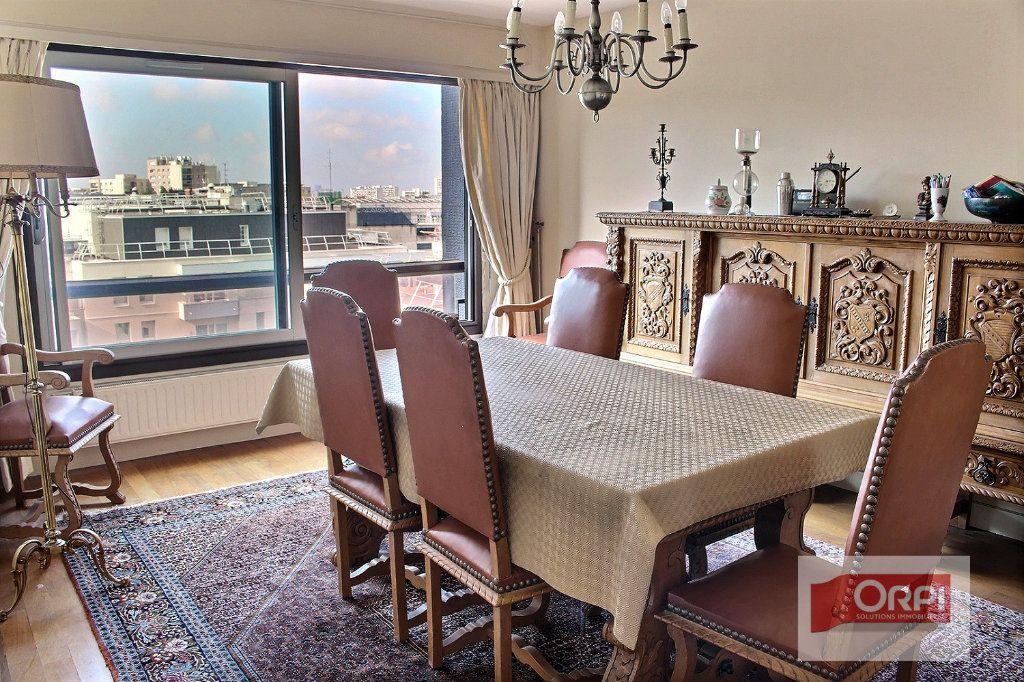 Appartement à vendre 5 112m2 à Paris 19 vignette-3