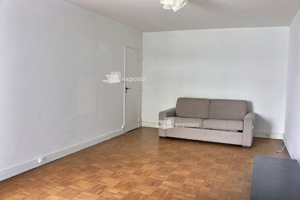 Appartement à vendre 2 47m2 à Paris 20 vignette-3