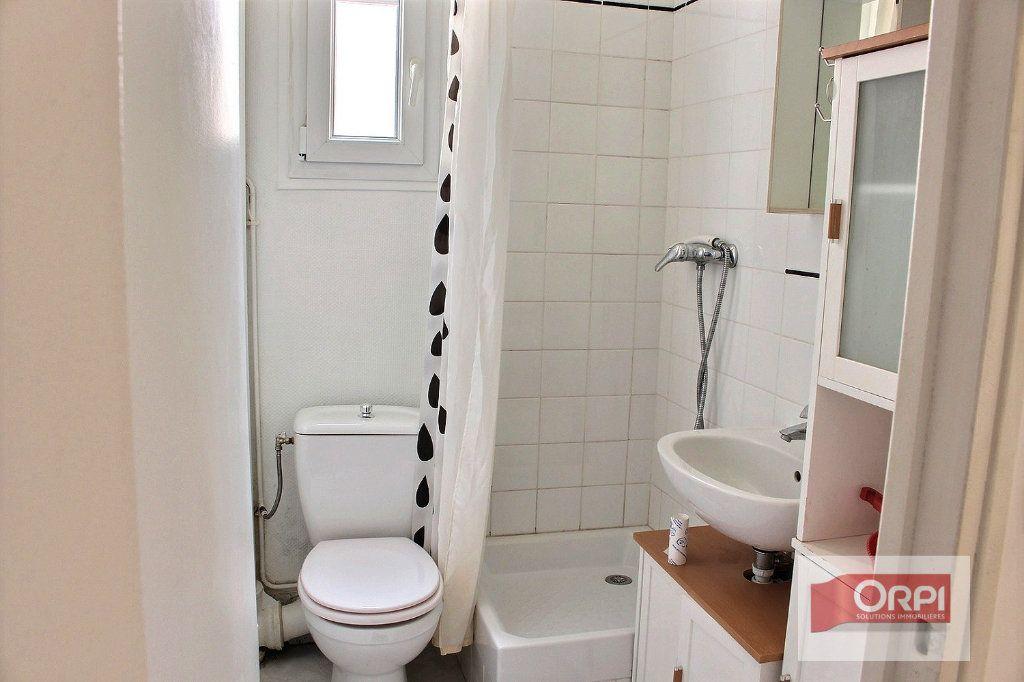 Appartement à vendre 2 21m2 à Paris 19 vignette-3