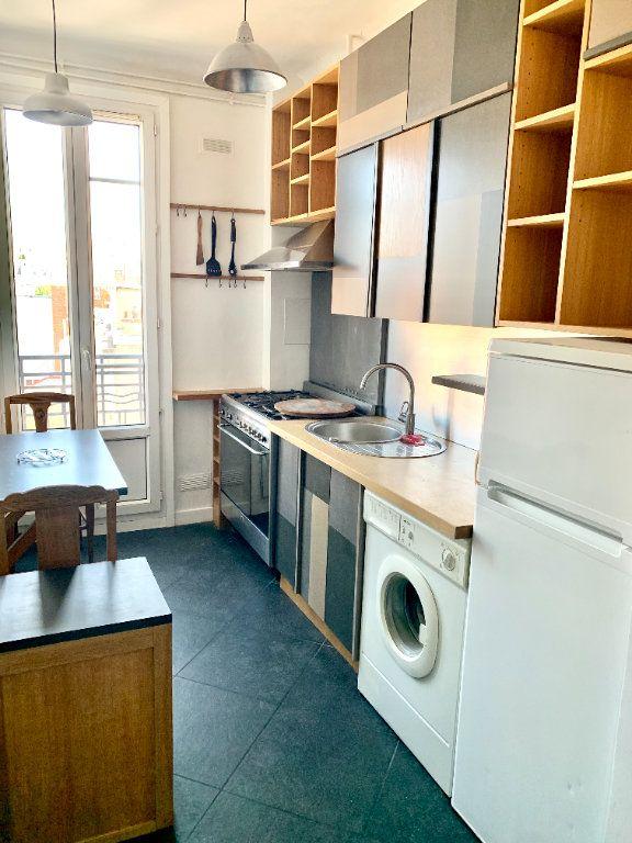 Appartement à louer 2 42.41m2 à Paris 20 vignette-5