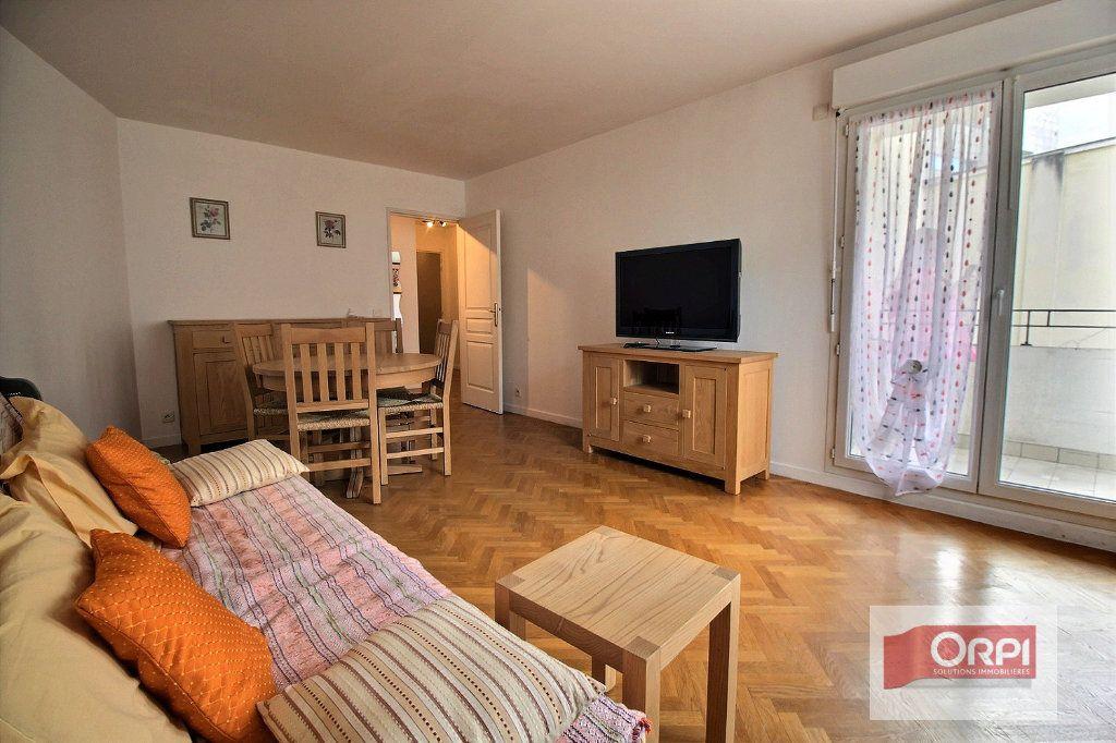 Appartement à vendre 2 49.92m2 à Paris 19 vignette-6