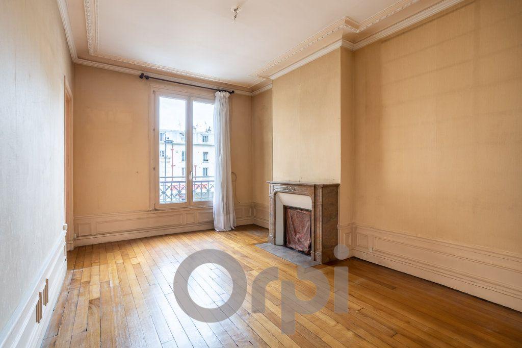 Appartement à vendre 3 73m2 à Paris 19 vignette-2