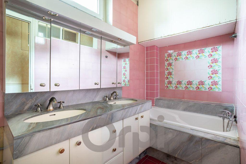 Appartement à vendre 3 73m2 à Paris 19 vignette-4