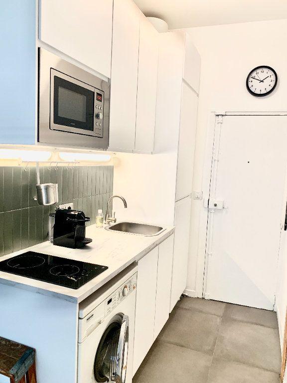 Appartement à louer 1 17.34m2 à Paris 20 vignette-3