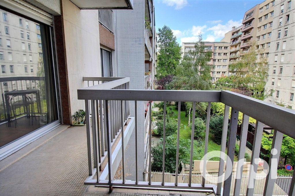 Appartement à vendre 3 56.4m2 à Paris 20 vignette-3