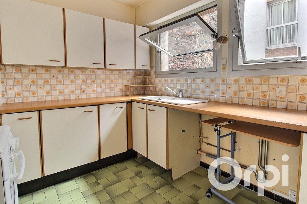 Appartement à vendre 3 56.4m2 à Paris 20 vignette-5