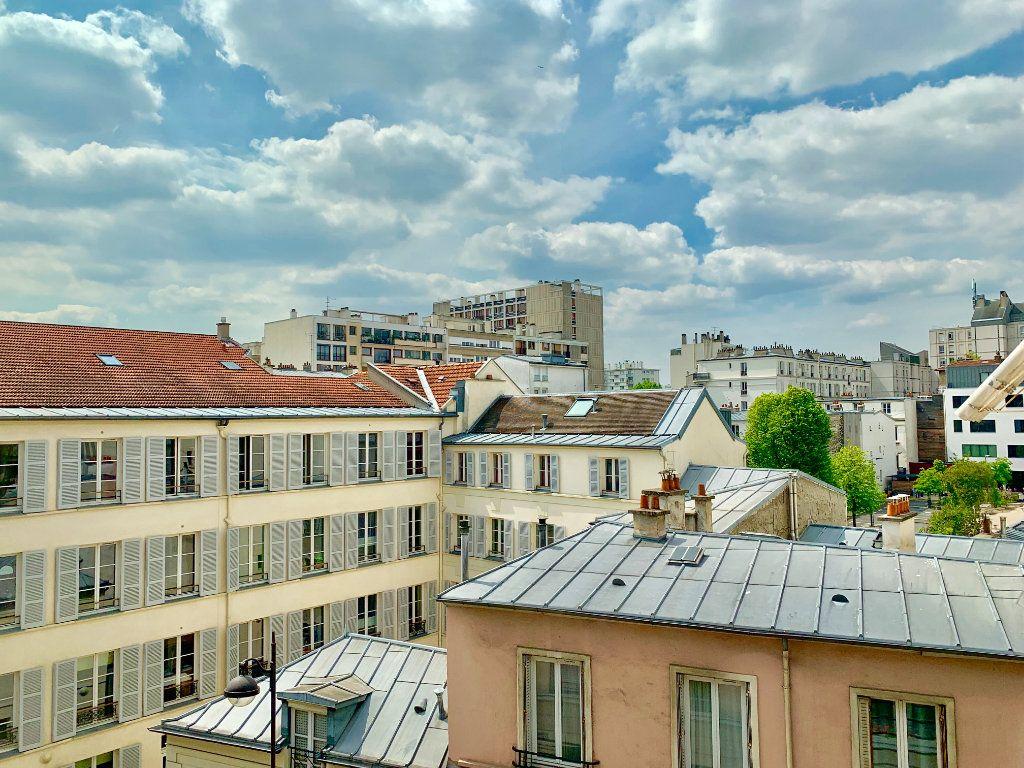 Appartement à louer 3 73m2 à Paris 20 vignette-9