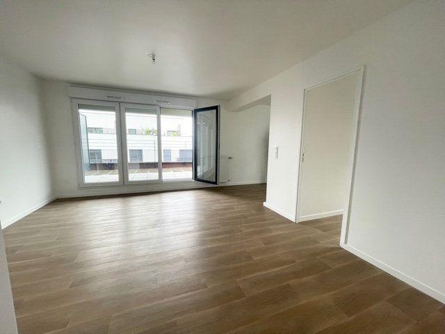 Appartement à louer 3 62m2 à Noisy-le-Sec vignette-1