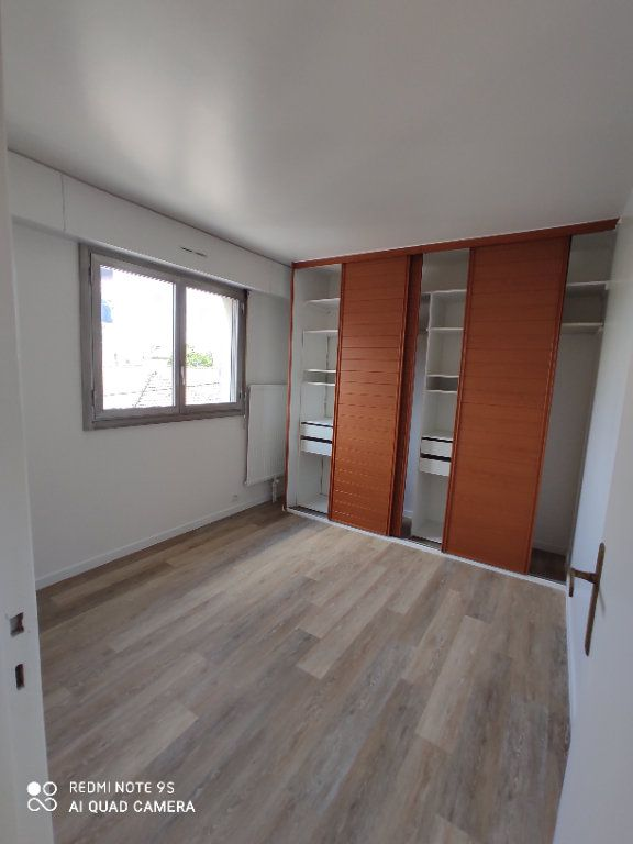 Appartement à louer 3 60m2 à Bondy vignette-5