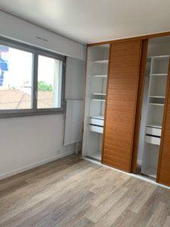 Appartement à louer 3 60m2 à Bondy vignette-6