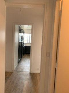 Appartement à louer 3 60m2 à Bondy vignette-9