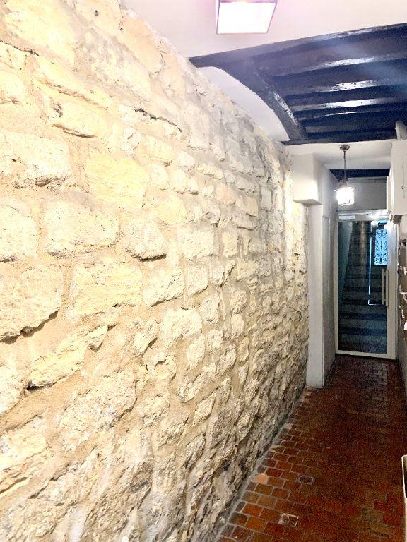 Appartement à louer 2 25.9m2 à Paris 6 vignette-9