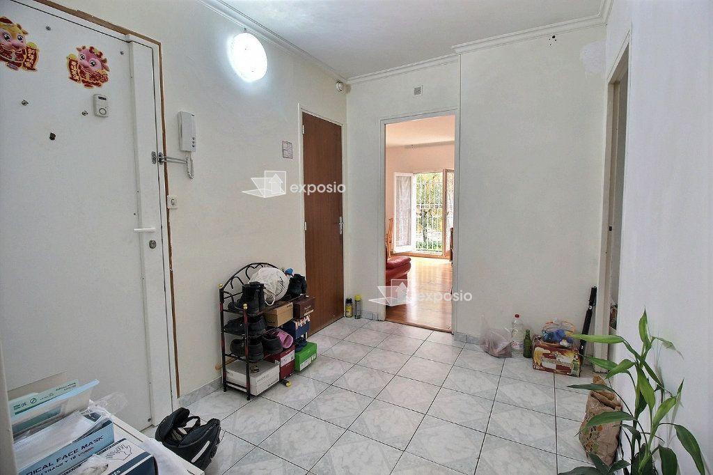Appartement à vendre 4 71.81m2 à Romainville vignette-7