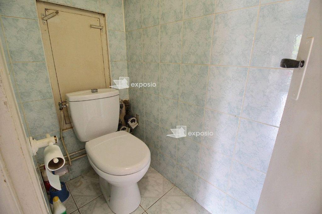 Appartement à vendre 4 71.81m2 à Romainville vignette-8