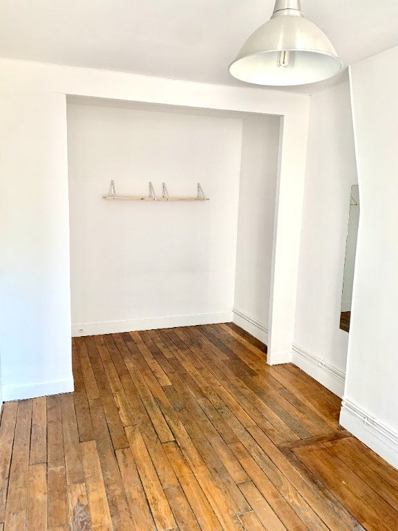 Appartement à louer 2 43m2 à Paris 19 vignette-3