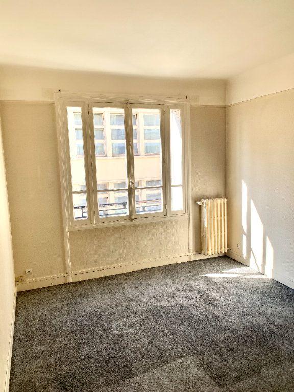 Appartement à louer 3 89.05m2 à Paris 19 vignette-5