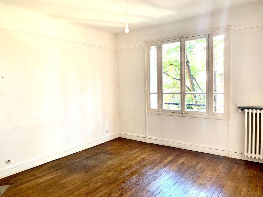 Appartement à louer 3 89.05m2 à Paris 19 vignette-6
