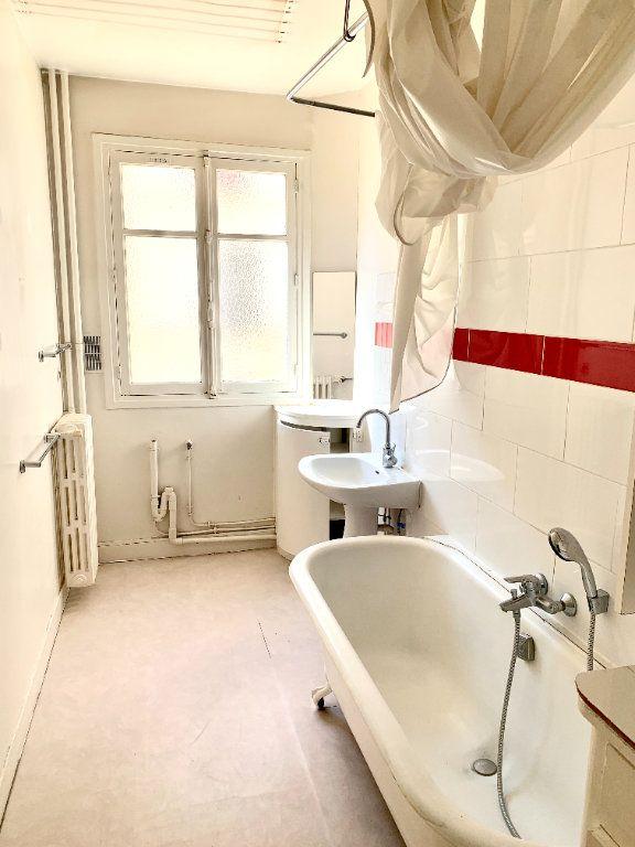 Appartement à louer 3 89.05m2 à Paris 19 vignette-8