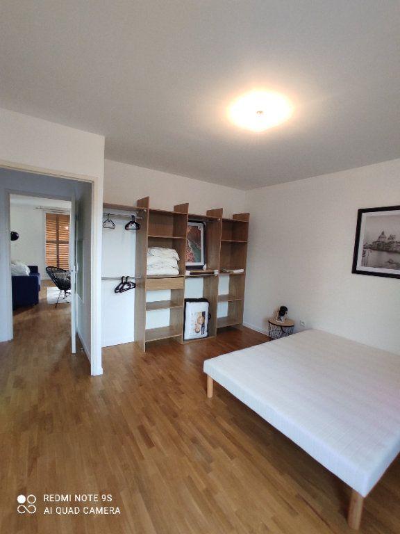 Appartement à louer 3 66m2 à Aubervilliers vignette-6