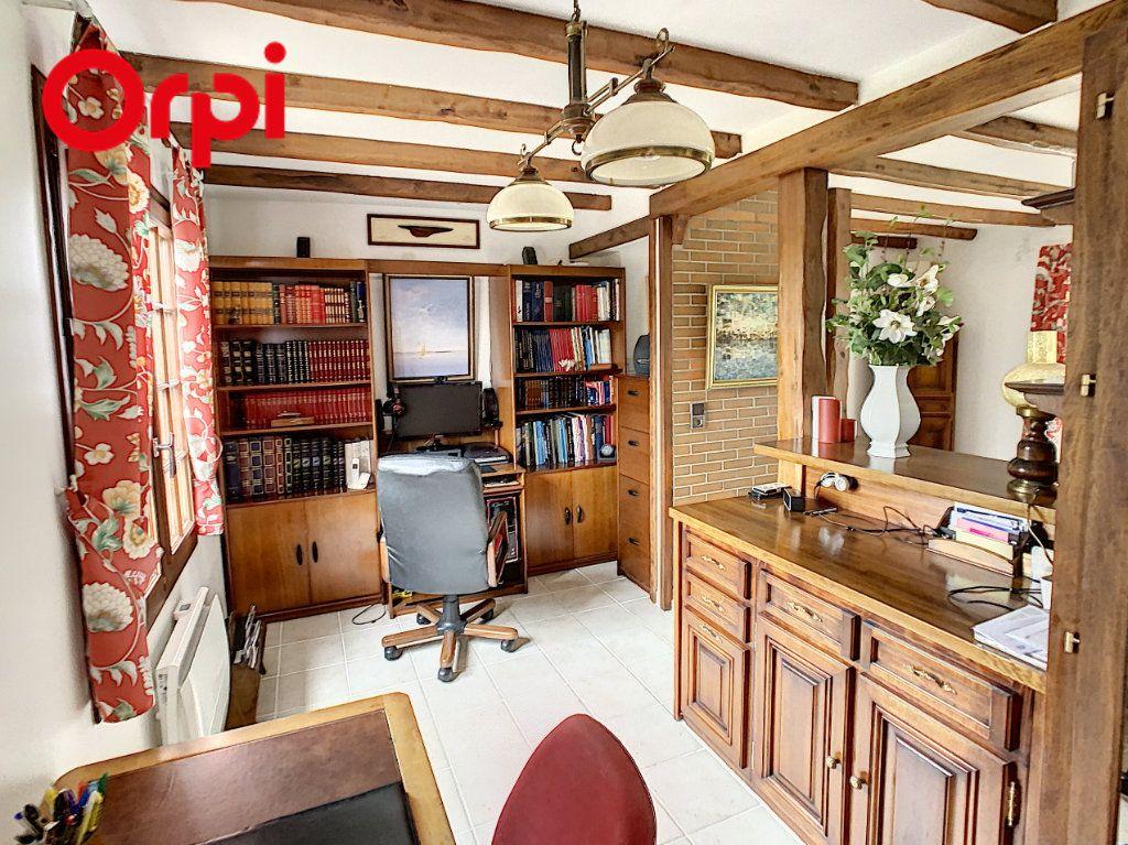 Maison à vendre 8 181.7m2 à Hardricourt vignette-6
