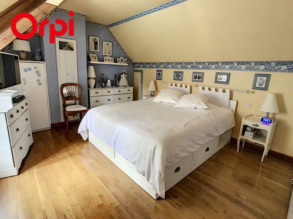 Maison à vendre 8 181.7m2 à Hardricourt vignette-10