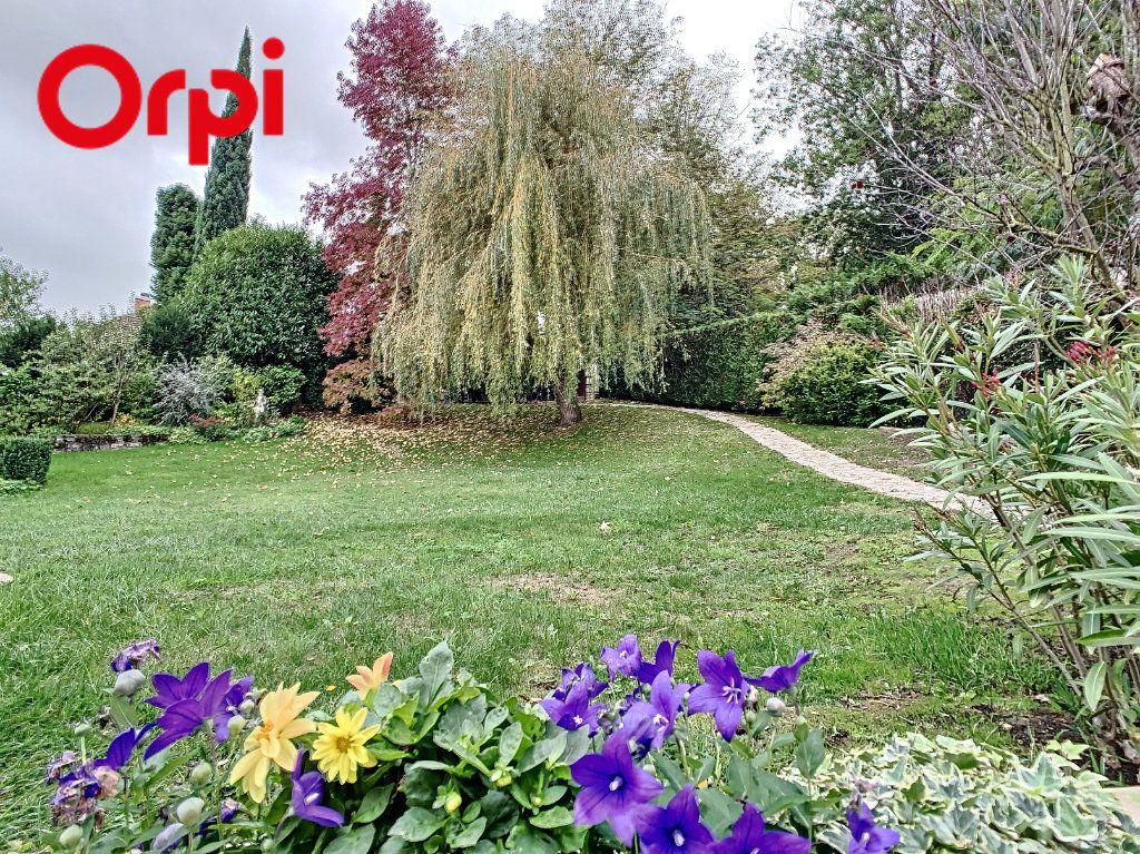 Maison à vendre 8 181.7m2 à Hardricourt vignette-13