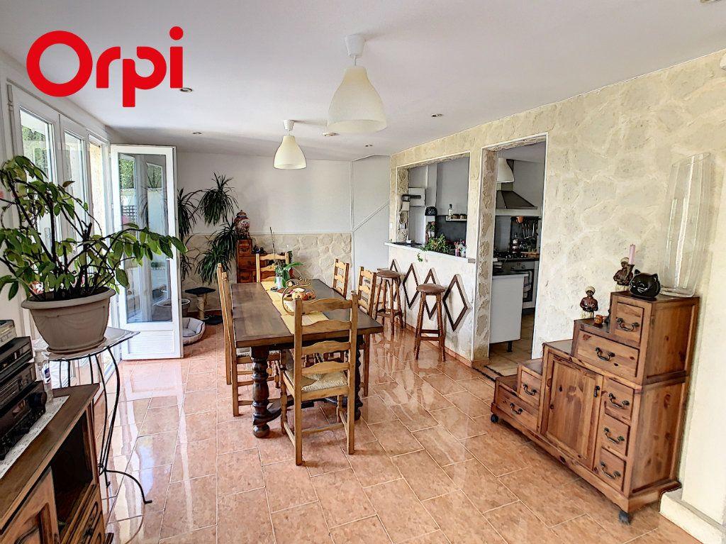 Maison à vendre 8 126m2 à Hardricourt vignette-1