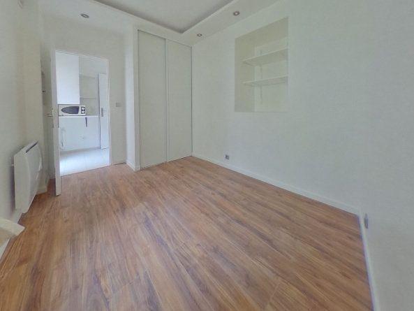 Appartement à louer 1 15m2 à Meulan-en-Yvelines vignette-2