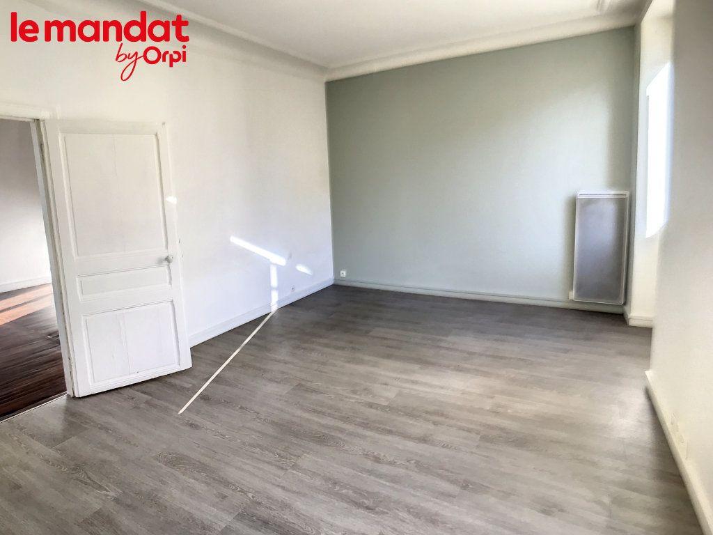 Appartement à vendre 2 48m2 à Meulan-en-Yvelines vignette-4