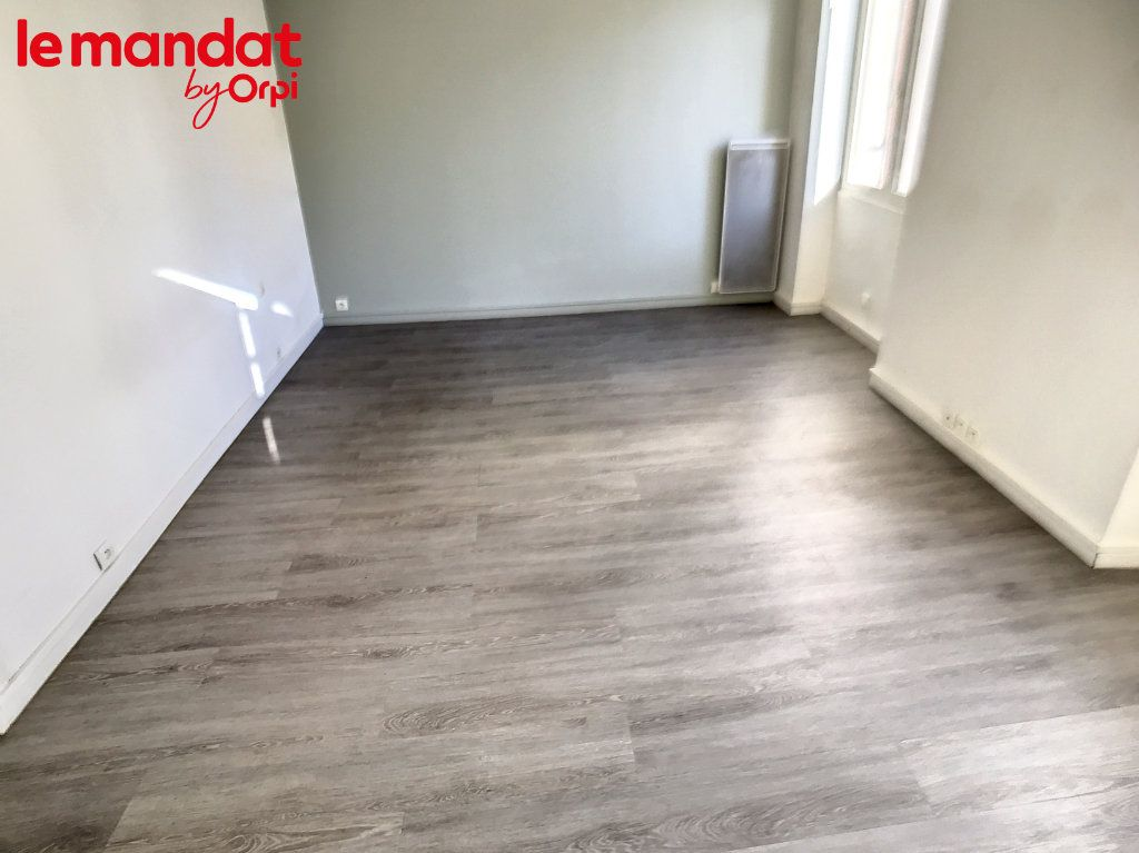 Appartement à vendre 2 48m2 à Meulan-en-Yvelines vignette-6