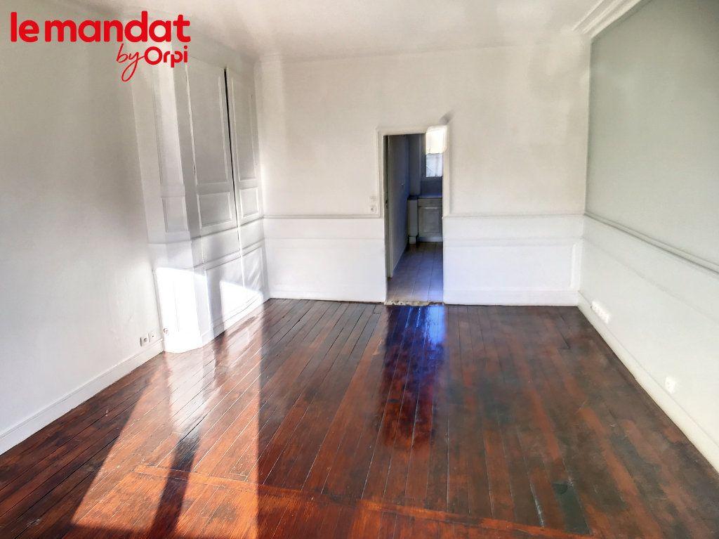 Appartement à vendre 2 48m2 à Meulan-en-Yvelines vignette-9