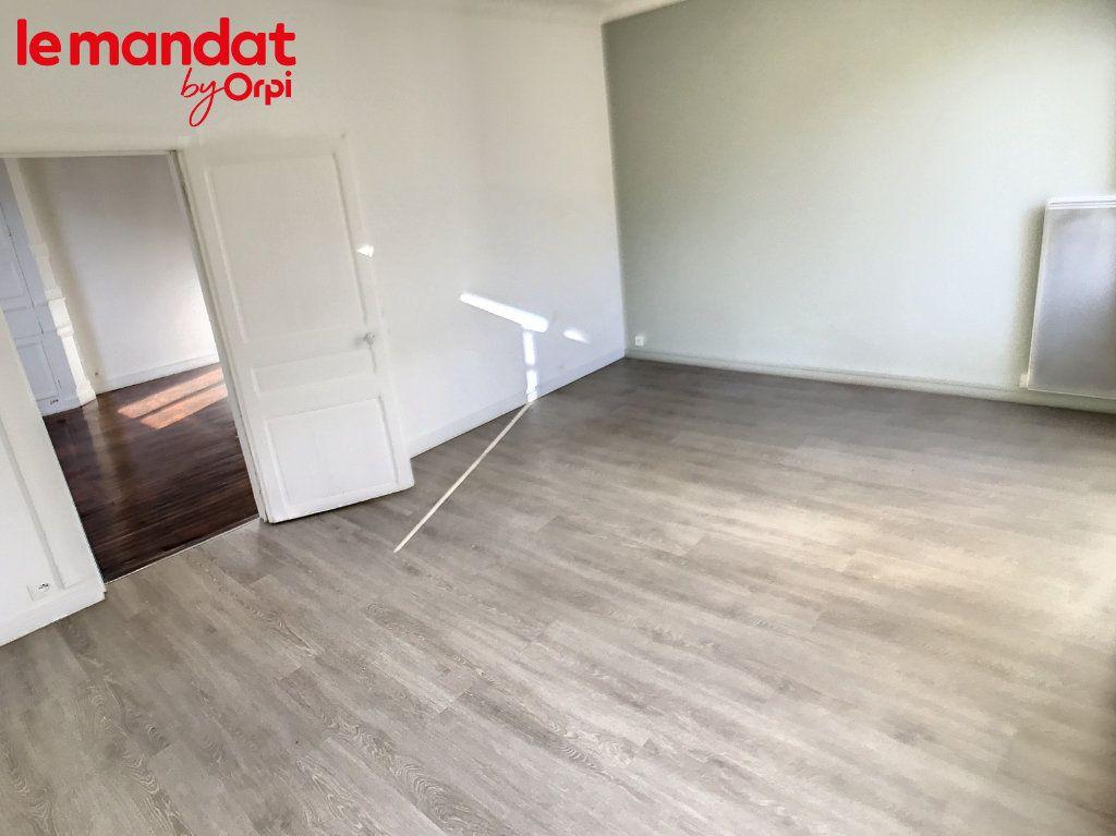 Appartement à vendre 2 48m2 à Meulan-en-Yvelines vignette-12