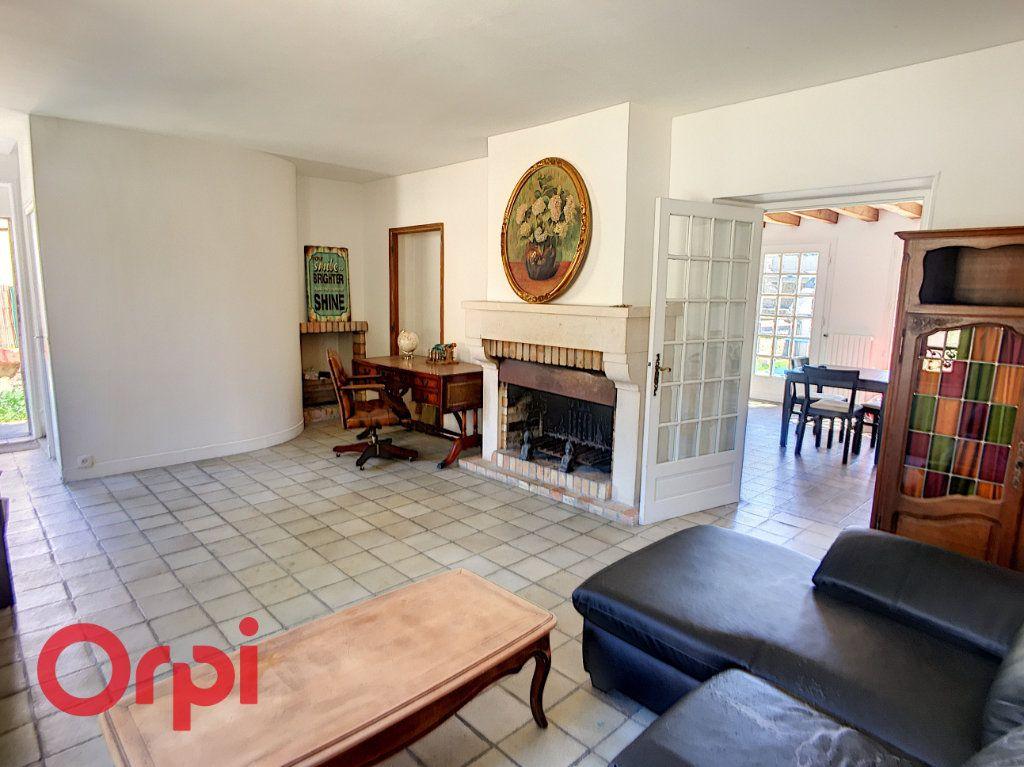 Maison à vendre 6 155m2 à Brueil-en-Vexin vignette-3