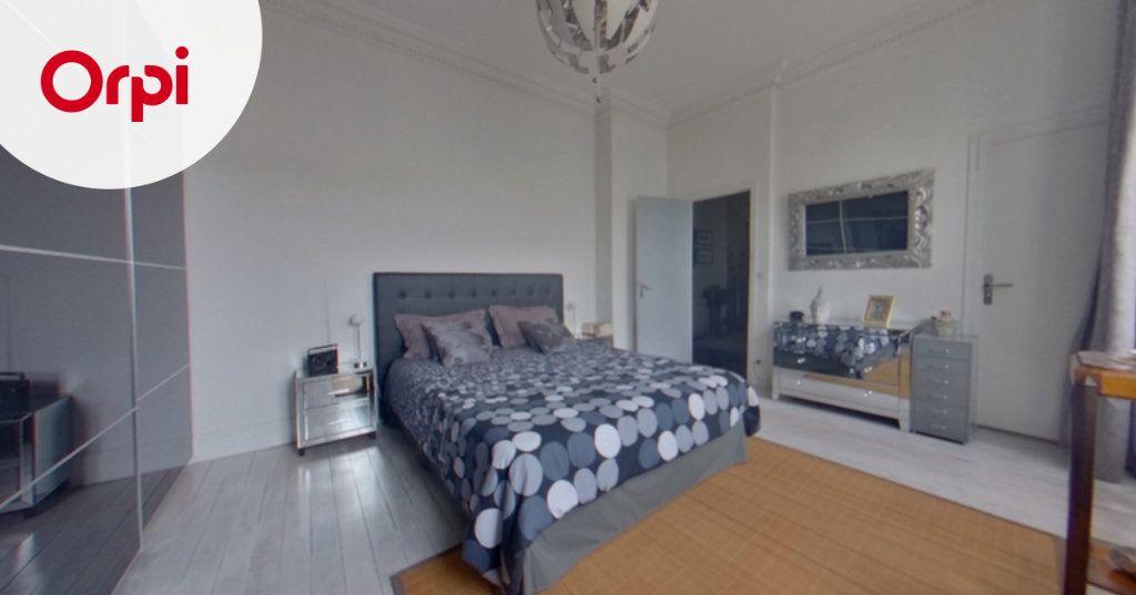 Appartement à vendre 5 114m2 à Meulan-en-Yvelines vignette-7