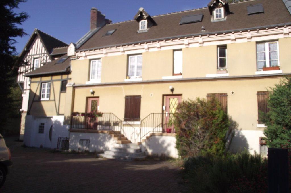 Appartement à vendre 1 34m2 à Verneuil-sur-Seine vignette-1