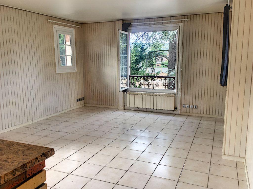 Appartement à vendre 1 34m2 à Verneuil-sur-Seine vignette-2