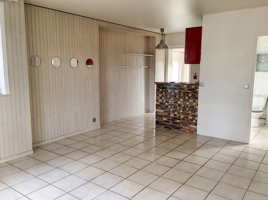 Appartement à vendre 1 34m2 à Verneuil-sur-Seine vignette-4