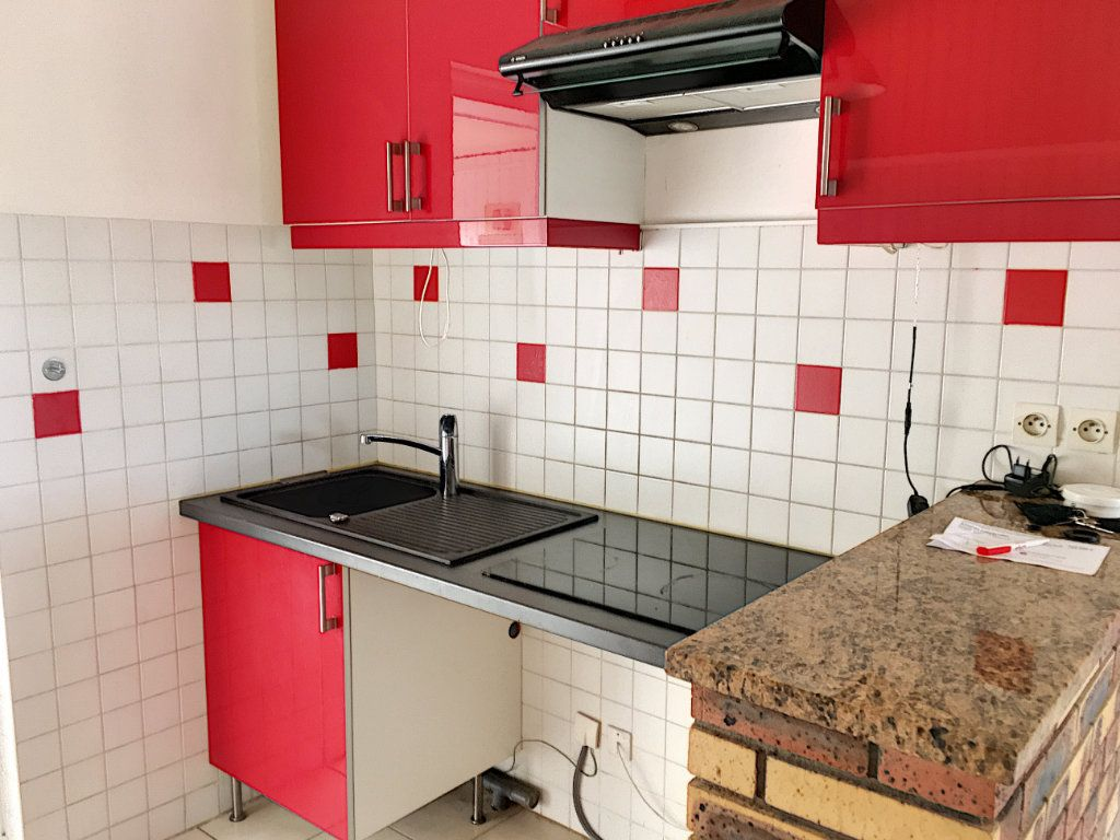 Appartement à vendre 1 34m2 à Verneuil-sur-Seine vignette-5
