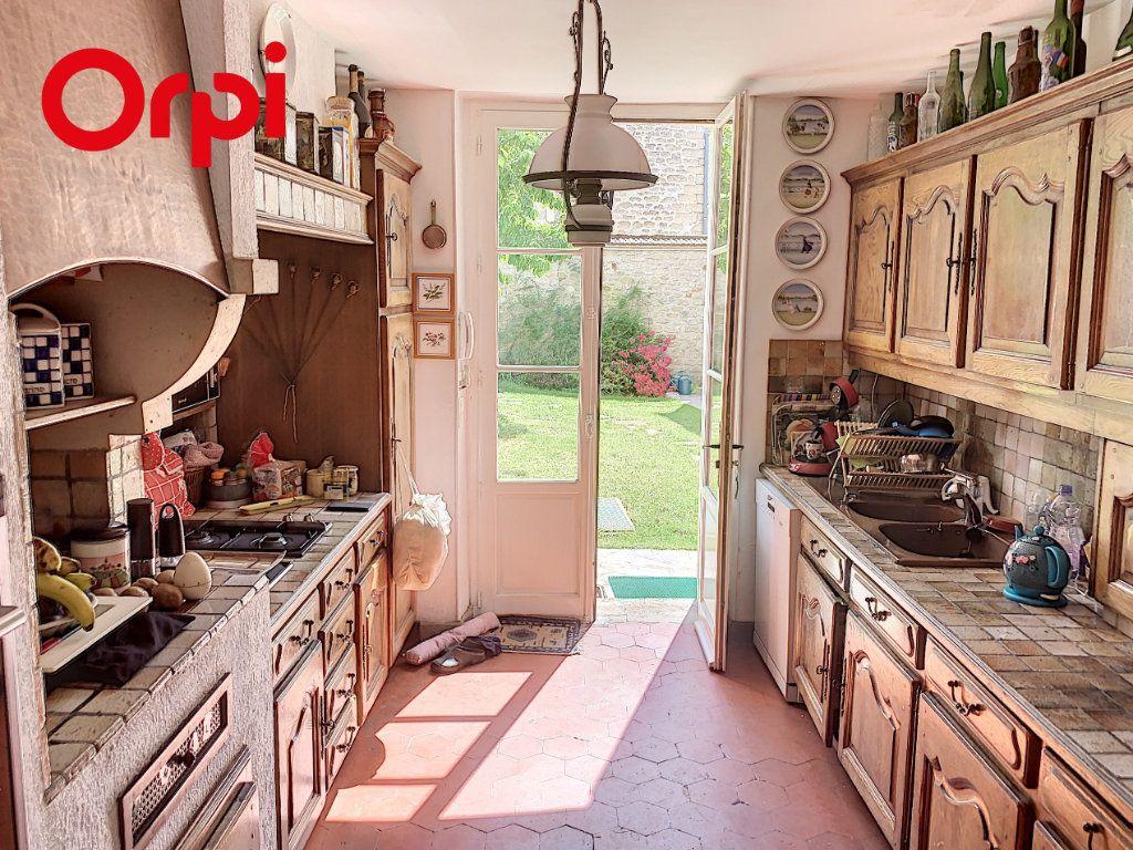 Maison à vendre 8 186m2 à Mézy-sur-Seine vignette-2
