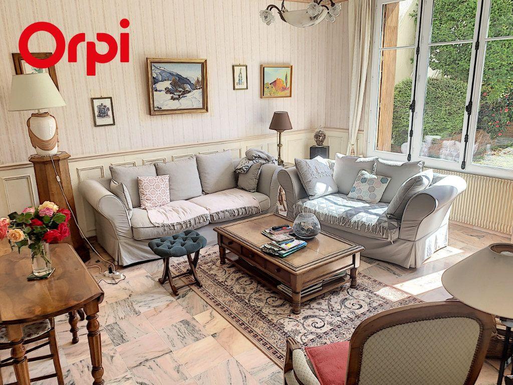 Maison à vendre 8 186m2 à Mézy-sur-Seine vignette-3