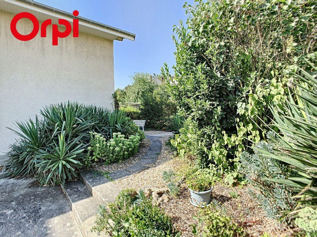 Maison à vendre 8 192m2 à Hardricourt vignette-2